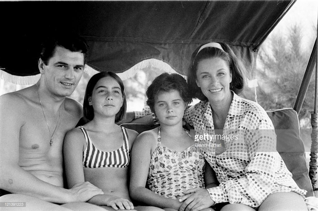 Linda Christian At Her Villa Of La Moraleja With Her Daughters