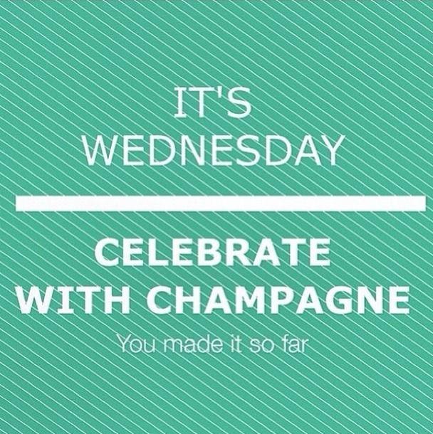 It's wednesday you made it so far #vilabruunsgalleri #vilaclothes #århus #aarhus #bruunsgalleri #fashion #trend #wednesday
