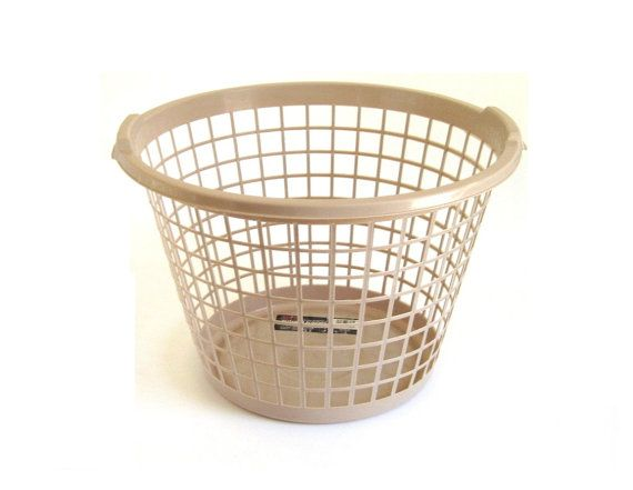 Typical 80s Laundry Basket With 1 Bushel Capacity This Is A Round Clothes Size Small But Still Regular Not Mini One