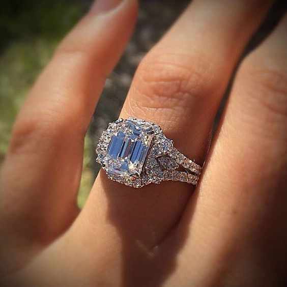 Engagement Rings Round Halo Diamond Wedding Ring Via JamesAllenRings Custom Band To Go With The Vera Wang Love Collection