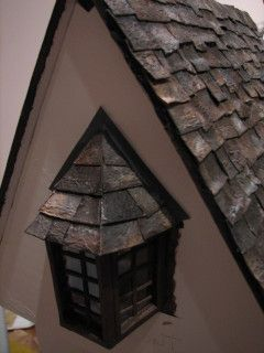 Life In Miniature Making Aged Slate Roof Shingles Doll House House Roof House Roof Shingles