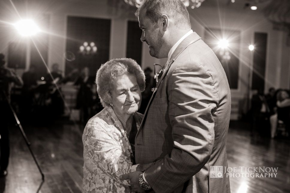 THE GRANDVIEW POUGHKEEPSIE WEDDING PHOTO-16