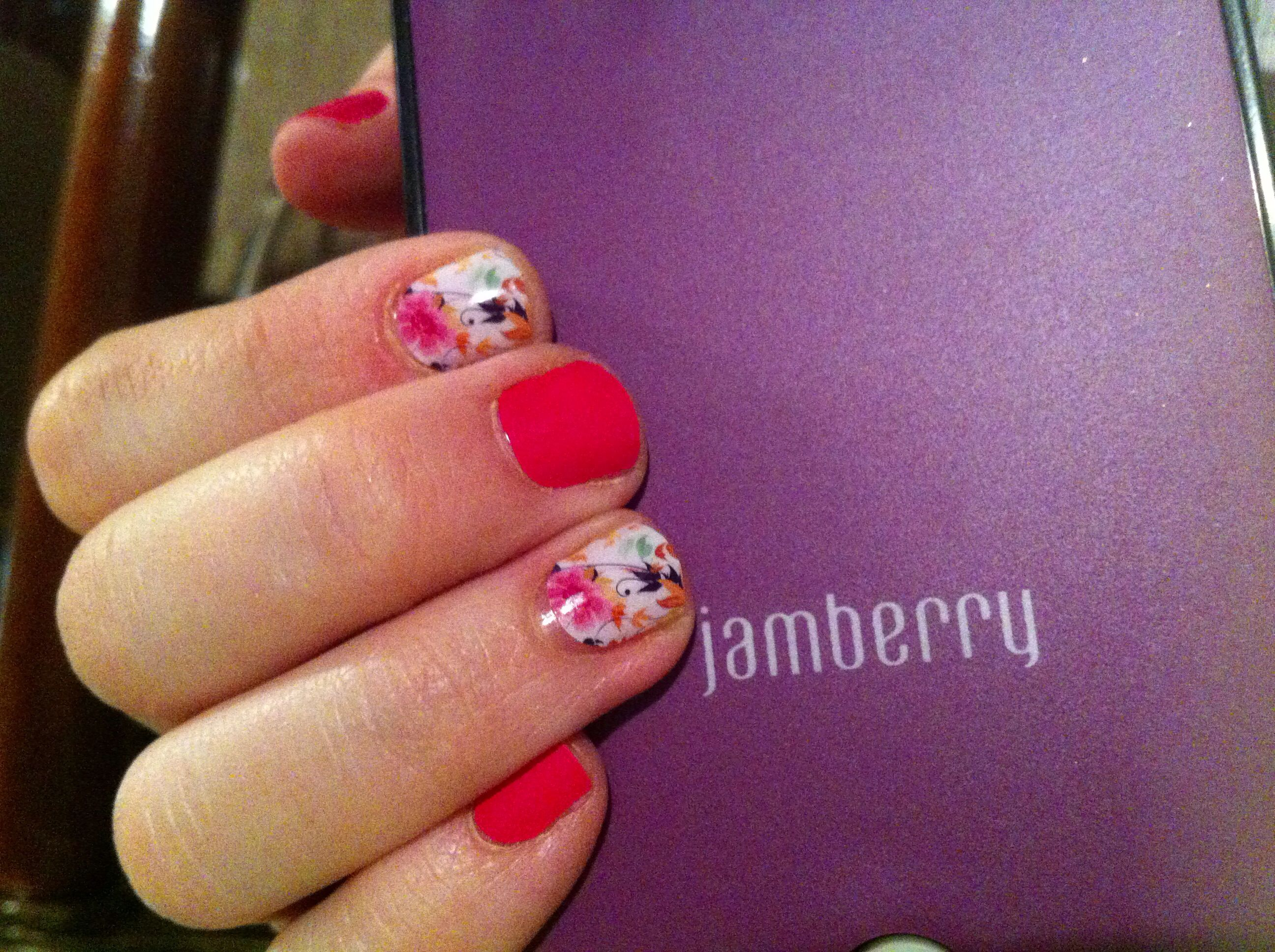 Short nails can be cute with nail art too! Jamberry on short nails ...