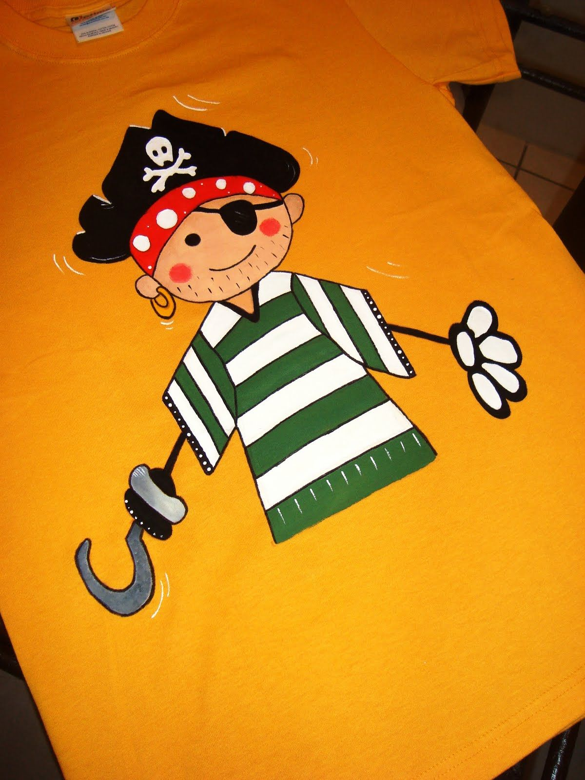 Pirata pintura en tela pinterest colchas e customização