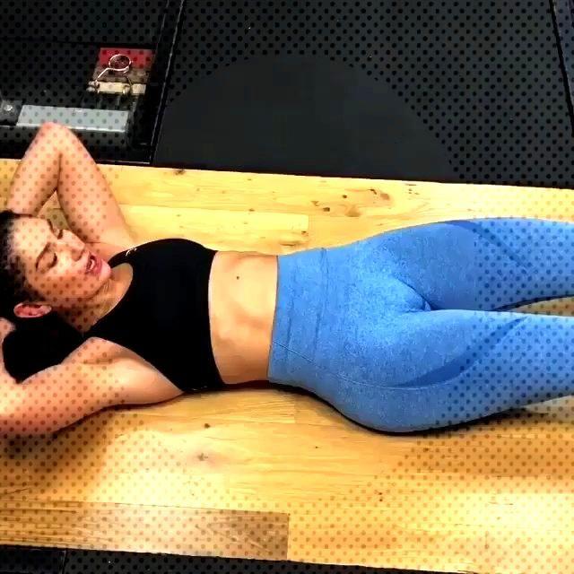 #exercice #fitness #ventre #abdos #plat Exercice abdos ventre platExercice abdos ventre plat