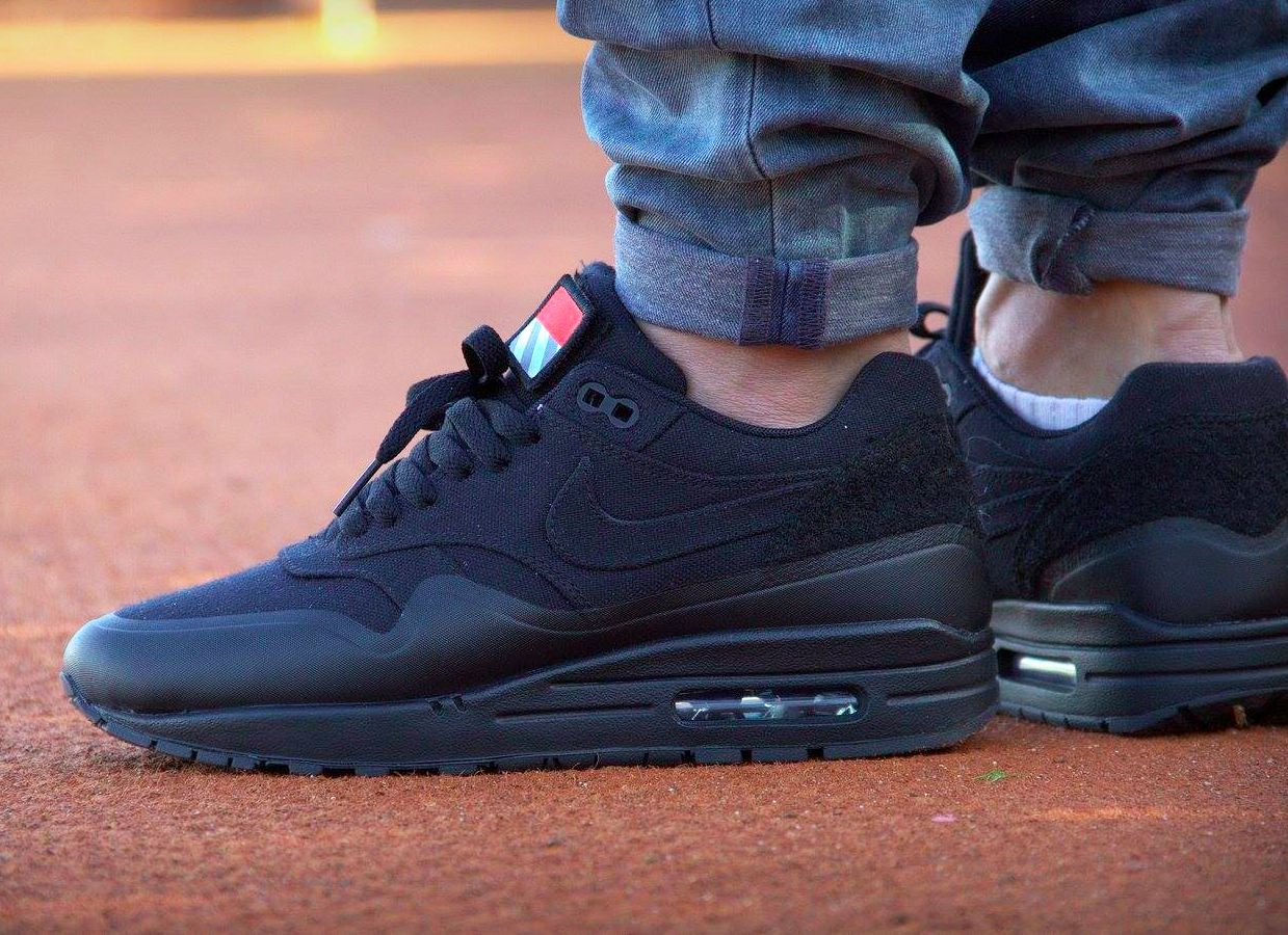 cheap for discount 80ed5 0d709 Nike Air Max 1 Patch Pack Black  Sneakeraddict.net