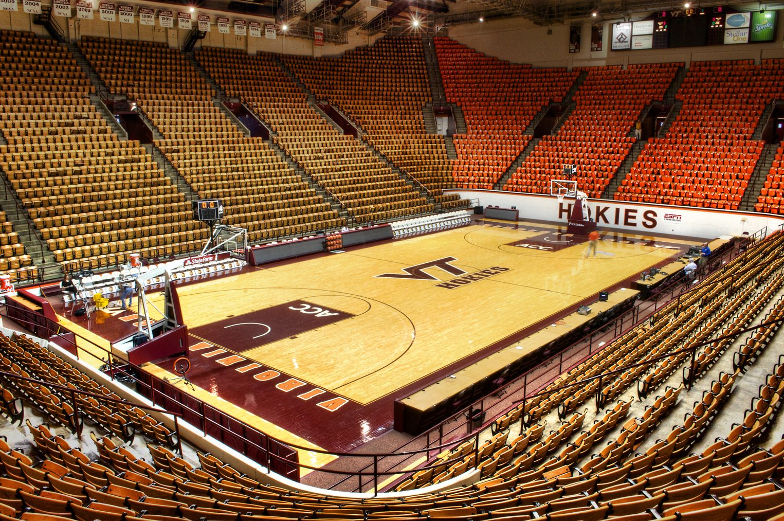 Virginia Tech, Cassell Coliseum. | Basketball arenas