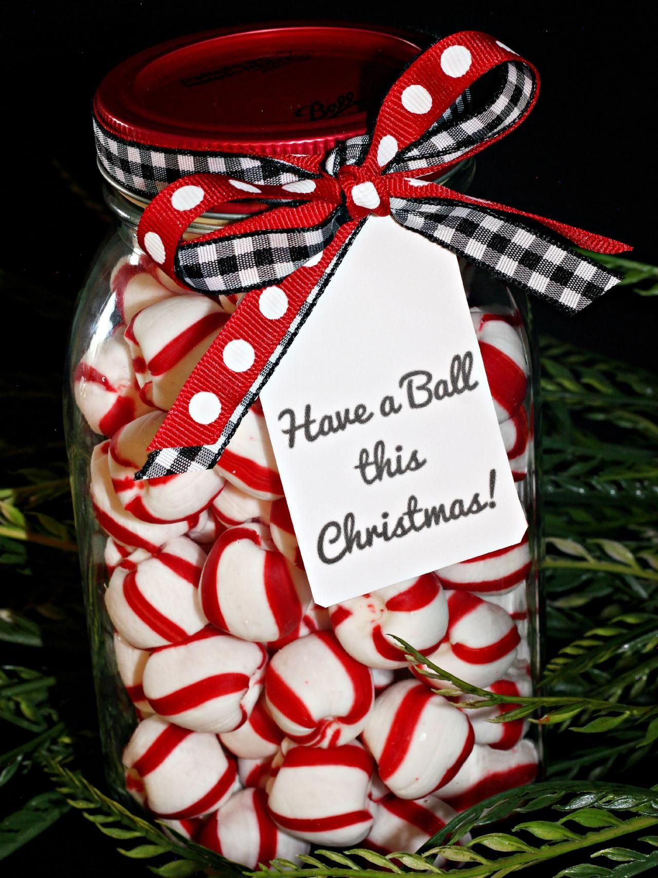9 Christmas Gifts You Can Put in a Mason Jar