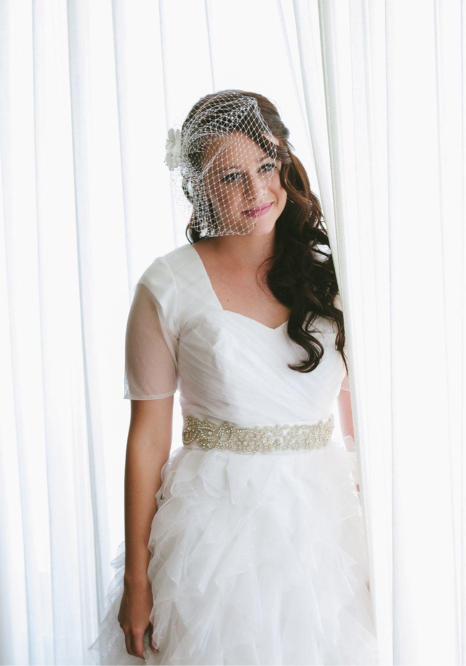 Short wedding veil u beautiful lighting jenna bechtholt photos