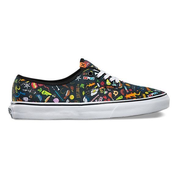 063bf1b6b4fc Find black and white shoes at Vans. Shop for black and white shoes