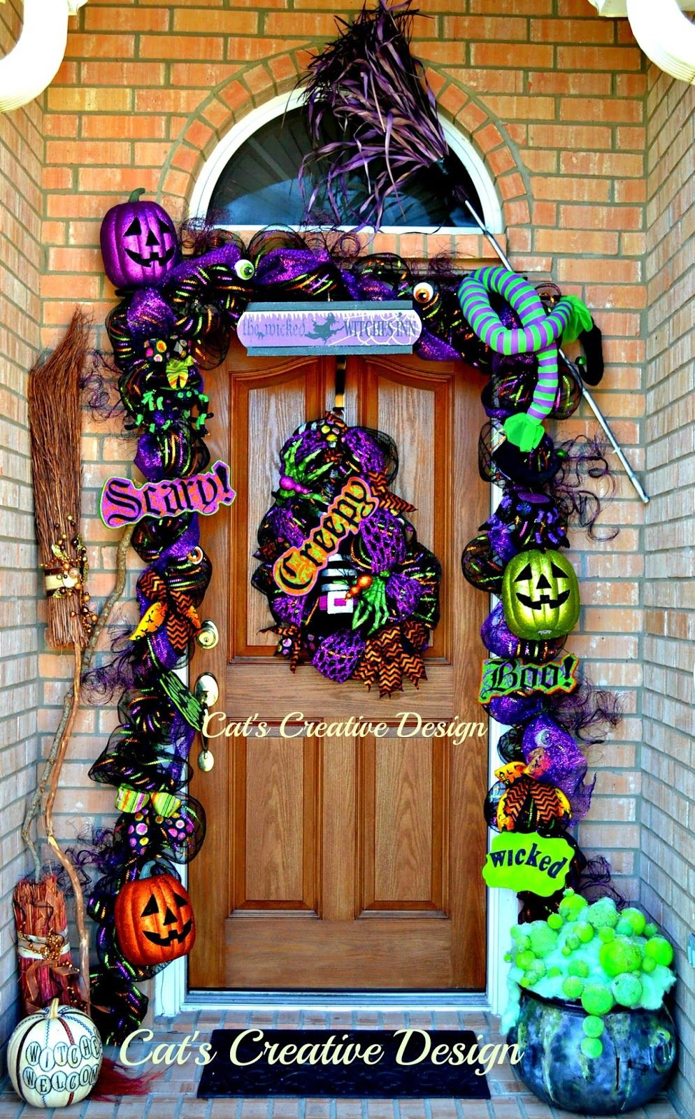Cat\u0027s Holiday  Home Decor Dazzling doors  mantels Pinterest - Halloween Door Decorations