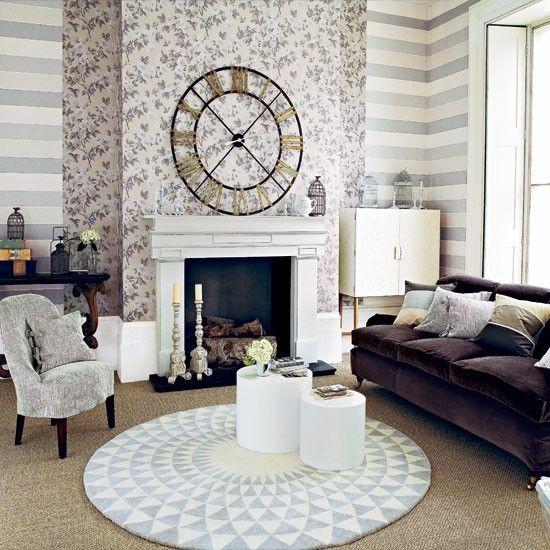 Neutral patterned living room vintage floral wallpapers for Striped wallpaper living room