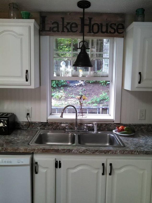One Woman Wiped Her Countertop With Vinegar So She Could Do This