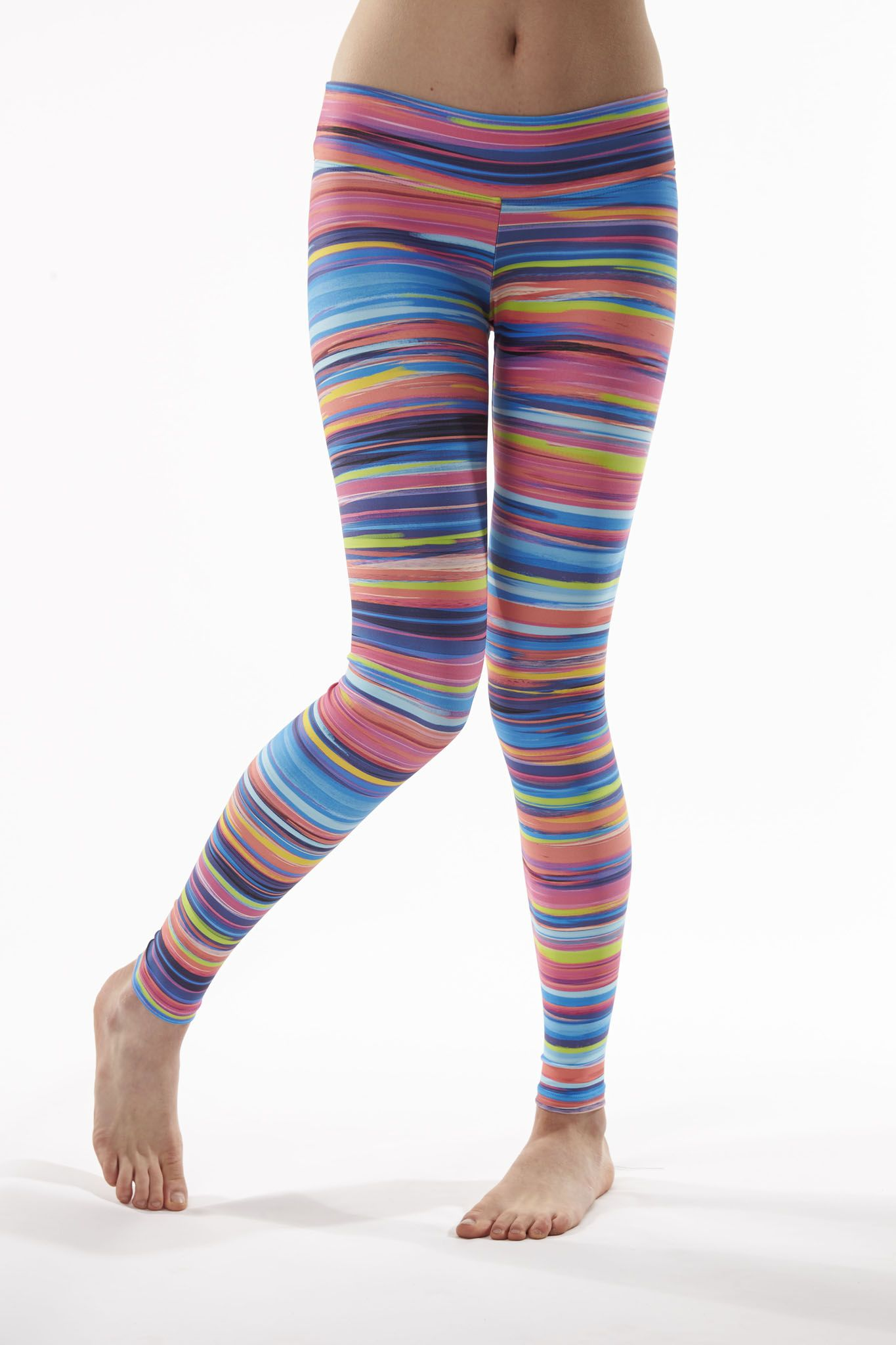 Onzie offers traditional yoga wear that is functional, flexible and flattering. Shop a wide variety of yoga pants, bras, leggings, shorts, tops & tanks at getson.ga