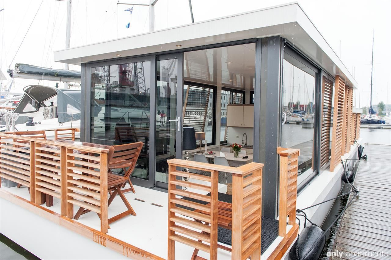 Modern Luxerious Houseboat Apartment Amsterdam Netherlands