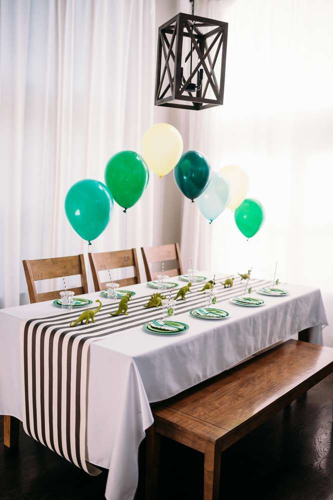 Loving the table settings at this Dinosaurs Birthday Party! See more party ideas and share yours at CatchMyParty.com #catchmyparty #partyideas #dinosaurparty #dinosaurtablesettings #boybirthdayparties