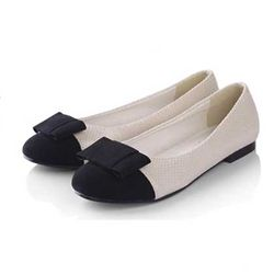 Tab flats. Casual flats that are chic and comfortable. Retail price $49.00 goodkoop price $16.99