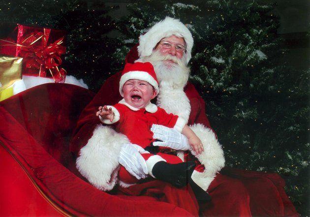 Hilariously Bad Santa Photos Bad Santa Santa Photos Santa