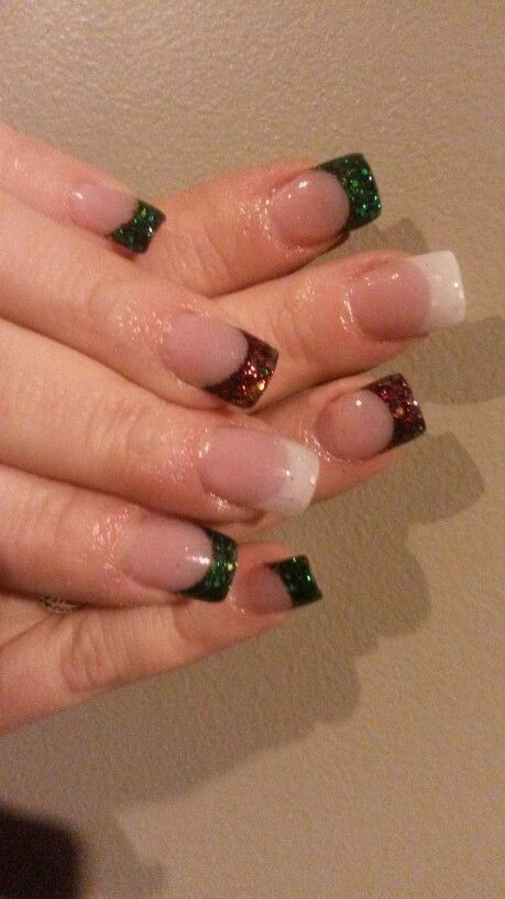 Christmas red green and white glitter acrylic nails