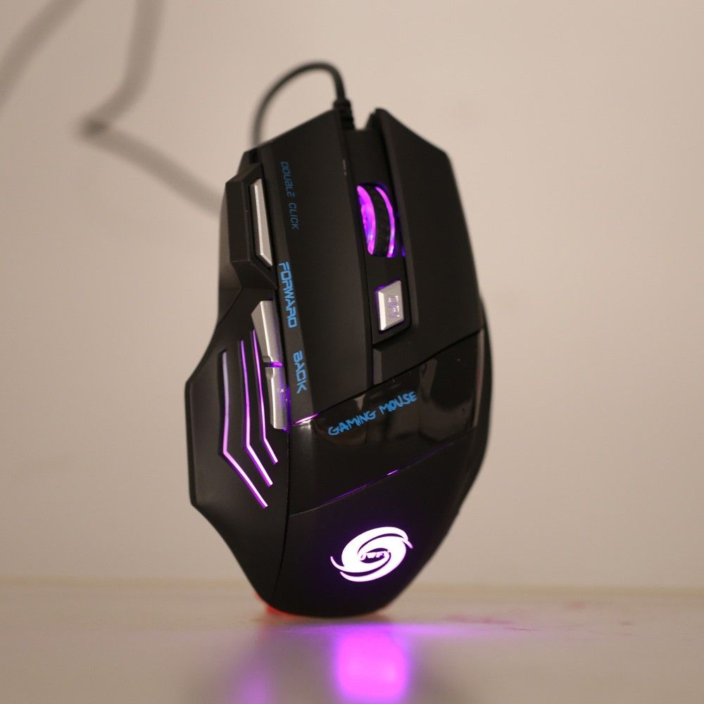 Ever consider becoming a professional gamer? Take a look at our optical USB wired #gamingmouse,it adopt ergonomical design, comfortable touch, long-term use without fatigue. It's really a good choice for you!