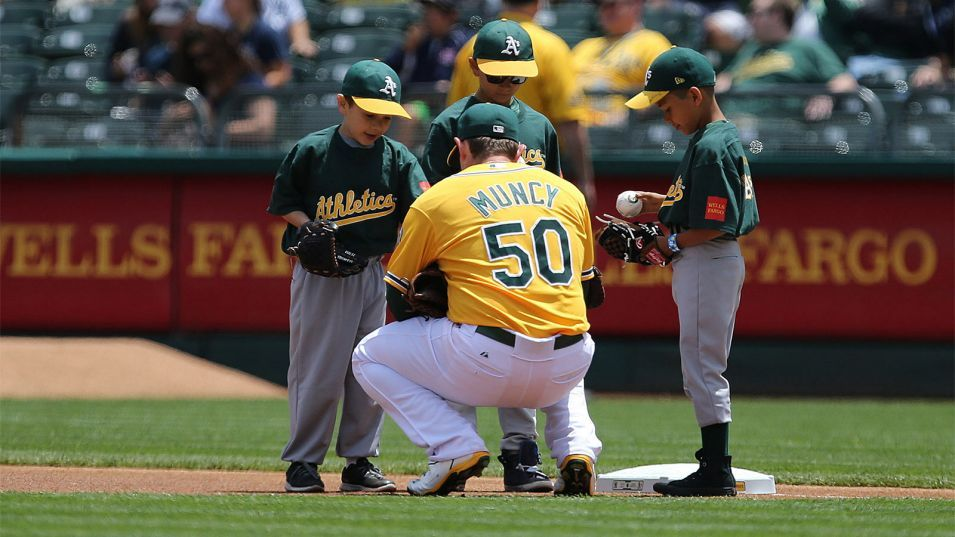 Mlb Players Union Commit 30 Million To Youth Baseball Development Youth Baseball Usa Today Sports Mlb