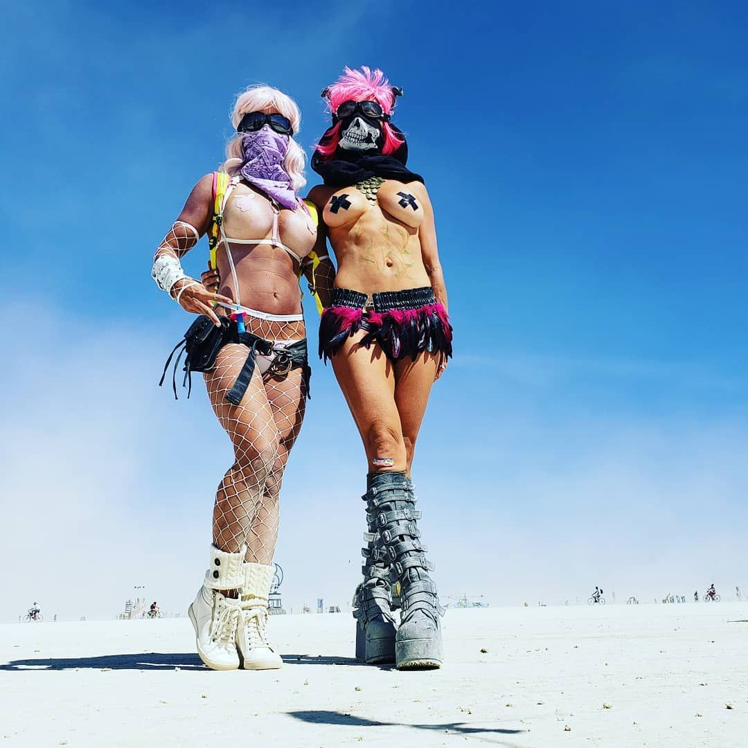What it's like to go to burning man for the first time