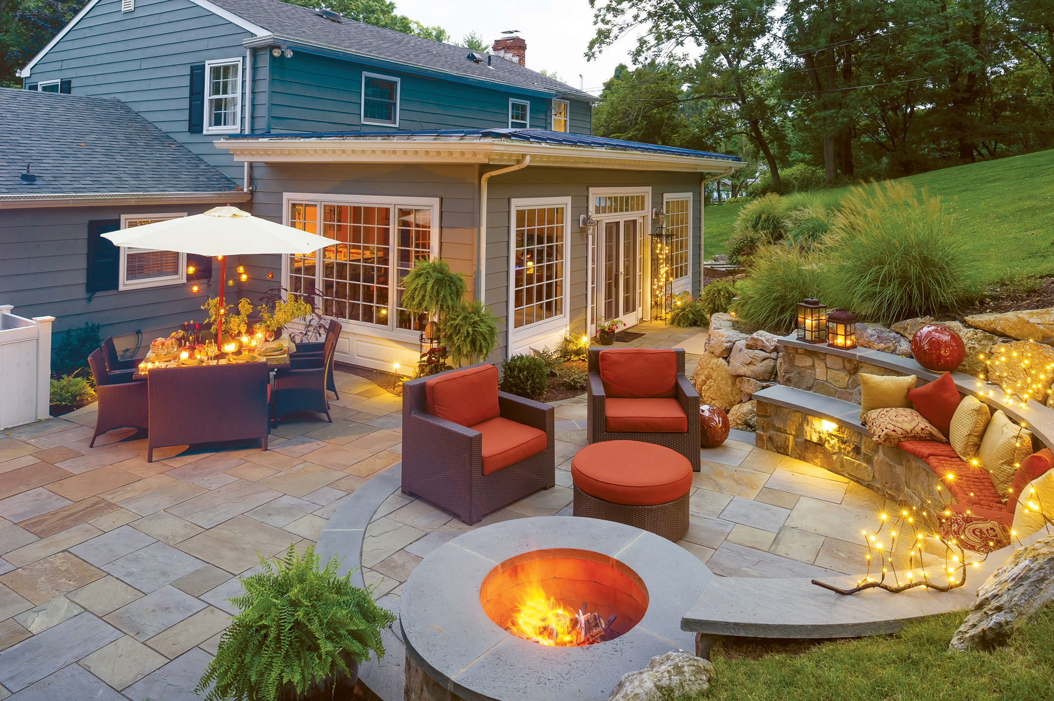 Back Yard Fire Pit Patio
