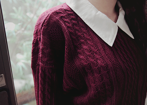 Best 25 Maroon Sweater Ideas On Pinterest Maroon Outfit Black Tights Outfit And Aztec