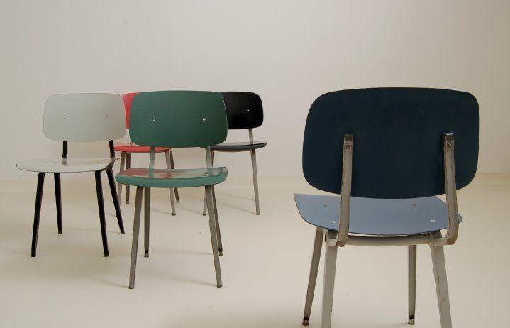 Design schoolstoel van Friso Kramer Design Klassieker