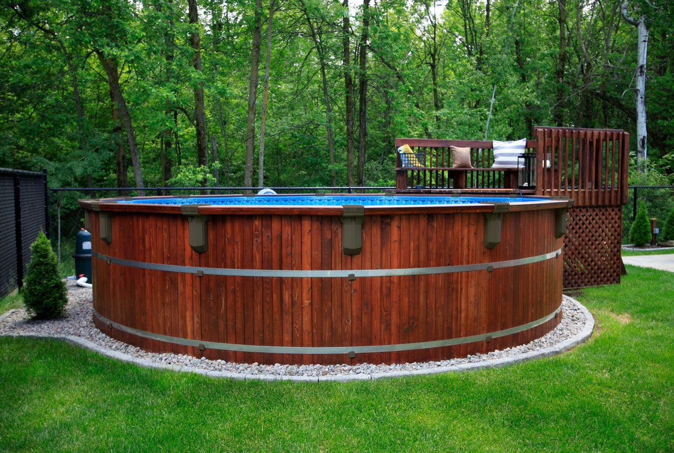 Idee Amenagement Tour De Piscine piscine en cèdre hors terre   patio piscine   aménagement