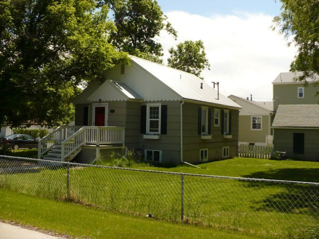 Billings Montana House For Rent At 1102 Miles Ave Billings Mt 59102 Renting A House Rent Apartments For Rent