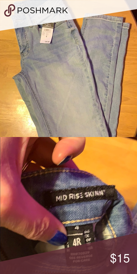 NWT Rue 21 Mid Rise Jeans