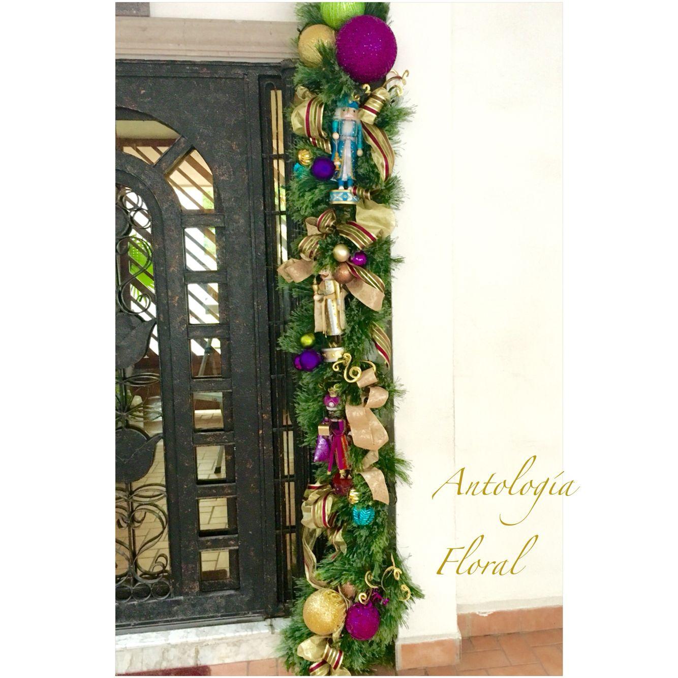 Arreglo para puerta con reyes magos en forma de cascanueces navidad pinterest cascanueces - Arreglo de puertas de madera ...