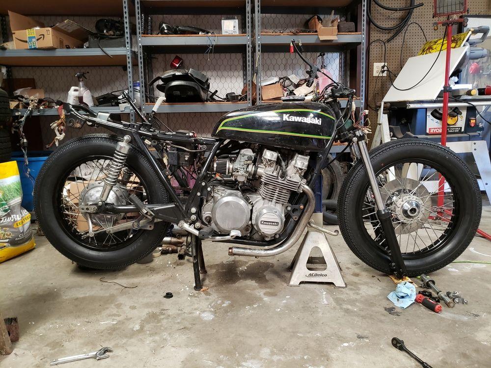 Shinko Super Classic 270 Motorcycle Tire For Motorcycles Bikebandit In 2020 Motorcycle Motorcycle Tires Vintage Bikes
