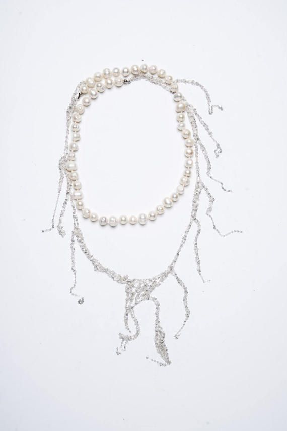 A Long Silver And Pearls Necklace Bisuteria Munecas Artesanales