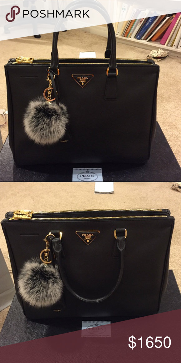 22e70af06377 Tote Bag · Prada saffiano lux double zip 100% authentic guaranteed  otherwise money back. Black Prada Medium