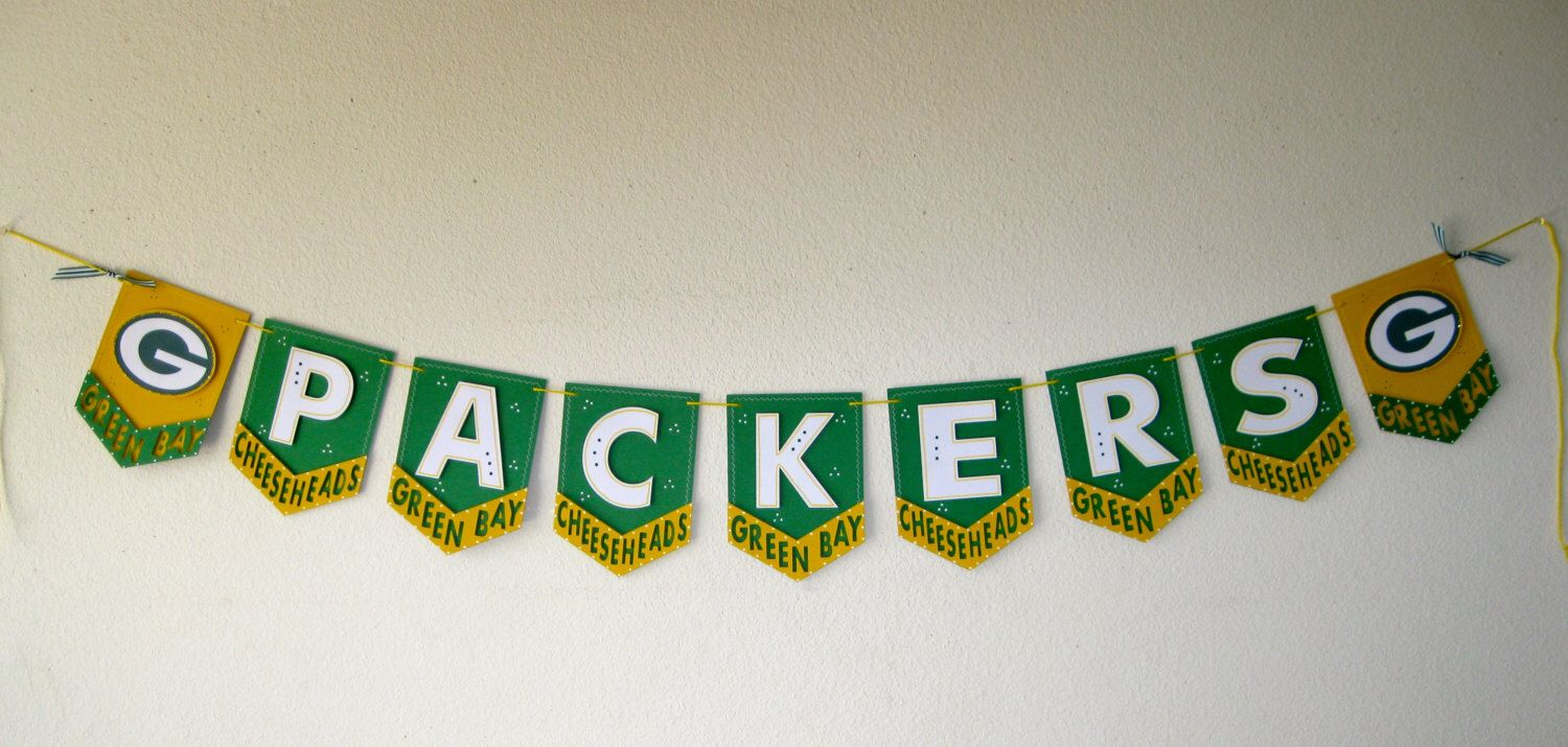 Green Bay Packers Pennant Banner By Toodangcute On Etsy Https Www Etsy Com Listing 249944307 Green Bay Packers Pennant Banner Pennant Banners Banner Crafts