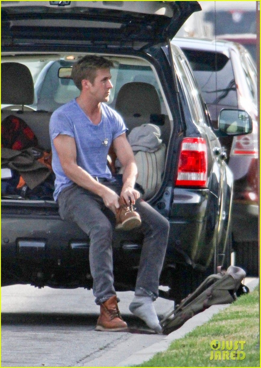 Driving gloves like ryan gosling - Ryan Goslingmovie