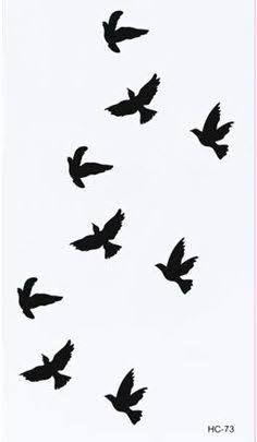 Resultado De Imagen Para Dibujos De Pajaros Volando Tumblr Bird Silhouette Tattoos Fake Tattoos Birds Tattoo