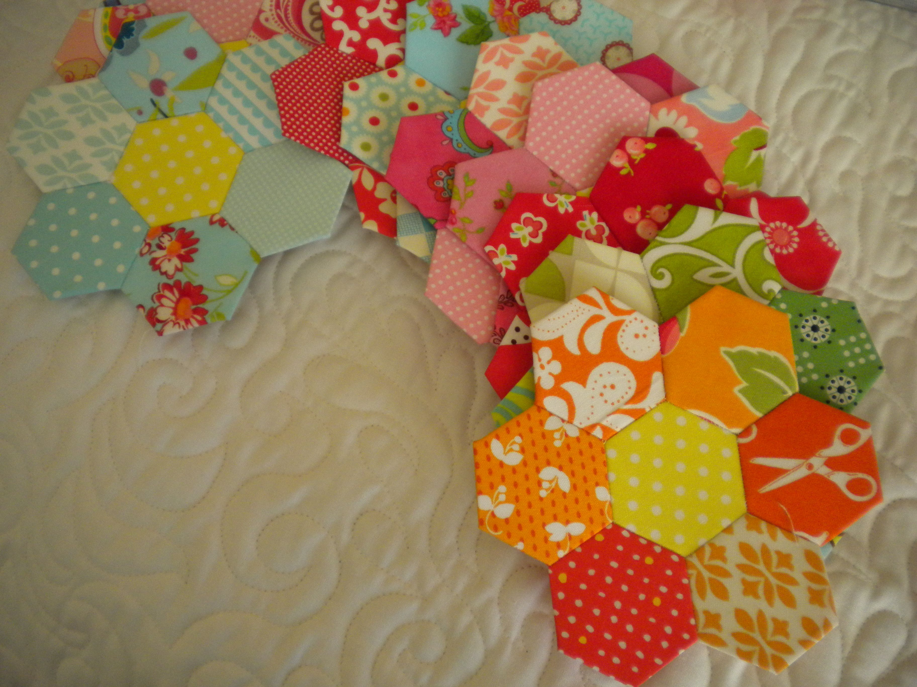 English Paper Pieced Flowers Quilting Bee Pinterest English