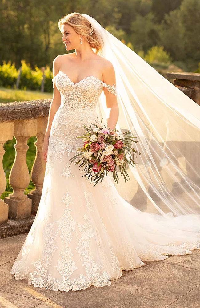 Essense D2642 Sweetheart Wedding Dress Sale price £1899