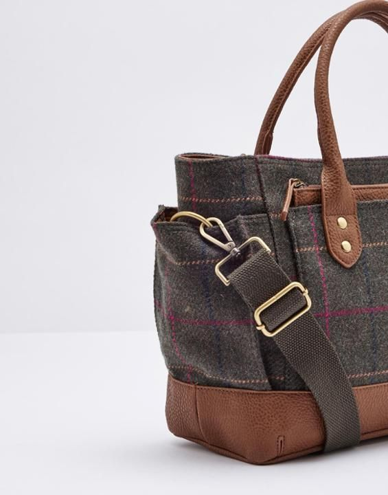 993e3c4d0 EVERYDAY TWEEDBag Joules Uk, Country Chic, Country Girls, Everyday Bag,  Tweed,