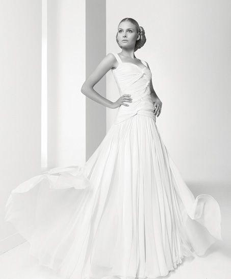 Ñeraldine (vestido de novia). diseñador: jesús del pozo. vaporoso