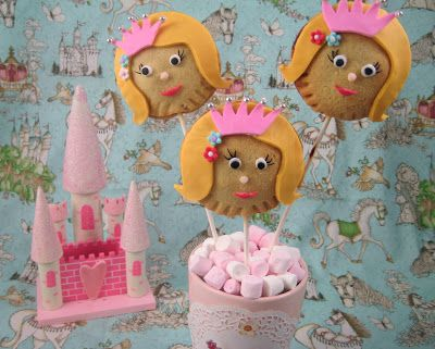 Bubble and Sweet: Princess Pie Pops - Decorated Cherry Pie pops