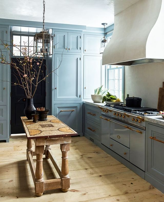 20 Charming Cottage Style Kitchen Decors: Pin By Courtney Toliver Guthrie On Favorite Kitchens In