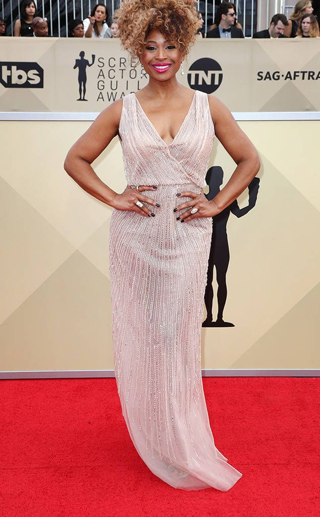 Tanika Ray From 2018 Sag Awards Red Carpet Fashion In 2018 Red