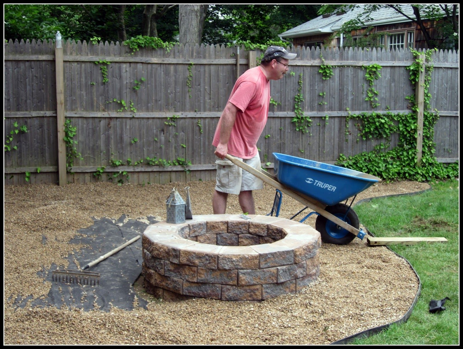 pea gravel fire pit area www homeroad net interests pinterest