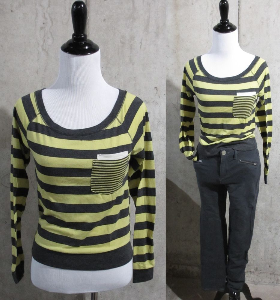 Remind Gray and Yellow Stripped Knit Top, Juniors Designer Clothes, Size XS #Rewind #CropTop #Casual