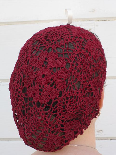 Romanza Snood pattern by Hannah Hilgendorf