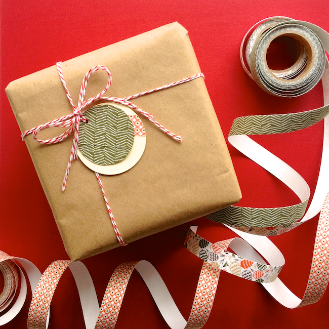 Omiyage Blogs: Fabric Tape Gift Tags #fabrictape